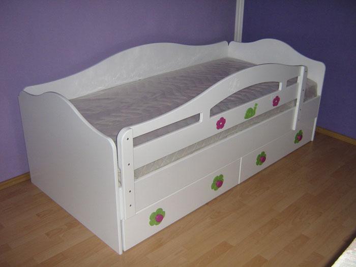 deciji kreveti sa ogradom Kreveti za dečije sobe   Nameštaj za dečije sobe, rođendaonice i  deciji kreveti sa ogradom